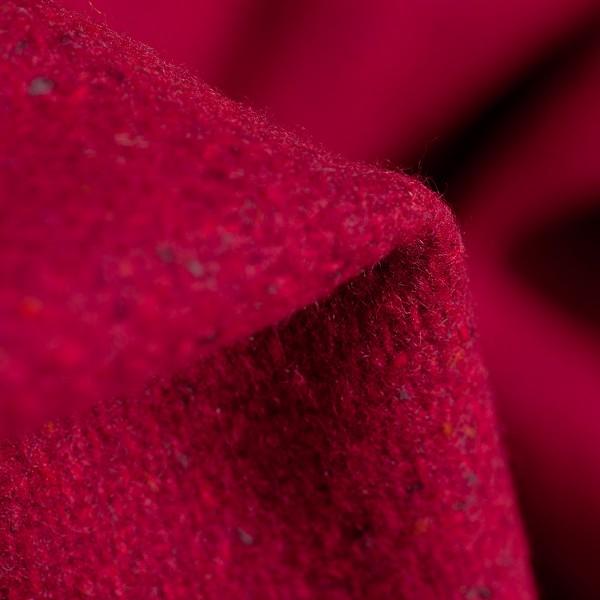 Handgewebte rote Schurwolldecke